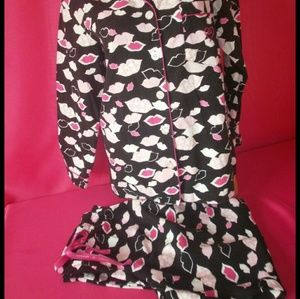 Victoria's Secret Intimates & Sleepwear - VS Hot Lips Flannel Pajamas Sleepwear Lounge